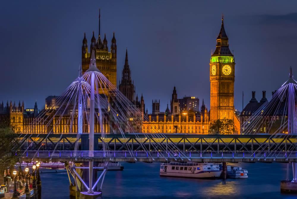 Bridges of London, Hungerford Bridge and Golden Jubilee Bridges